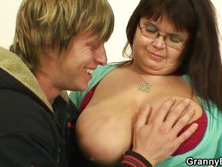Порно бабушка красавица