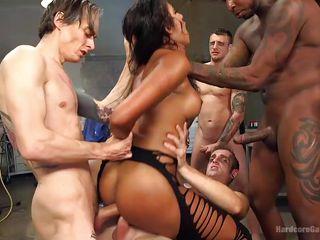 Частное порно ебли жены с другом
