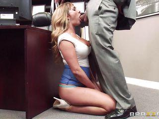 Порно онлайн молодые блондинки